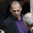 """Varoufakis denies resignation rumours as Bundesbank accuses Greeks of """"gambling"""" away trust"""